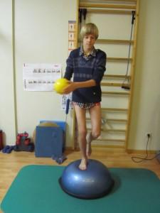 Bossu stabiliteitstraining knie (foto praktijk)